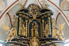 Oberer Teil des Hochaltars, im Zentrum Maria mit dem Jesuskind.