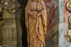 Statue der Hl. Anna beim linken Seitenaltar.
