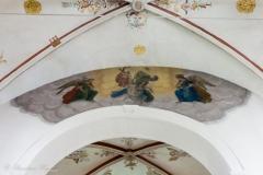 Deckenfresko, die Himmelfahrt Mariens darstellend.
